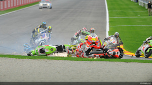 Motogp_crash001_original_2